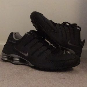 the best attitude 113f6 81d16 Nike Shoes - Nike Shox Black  Reflective